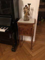 Nachtkästchen Nachttisch antik Biedermeier