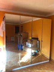 Spiegelkleiderschrank OHNE INHALT 4-Türer 2m