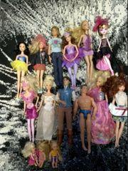 Barbie Puppen mit Auto