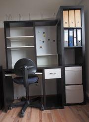 Mini-Büro mit Schreibtisch-Kombi Regal und