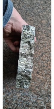 1 kg bismuth