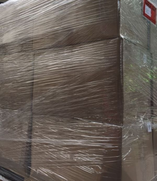 Restposten Kleidung Export Textilien LKW