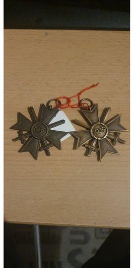 Sonstige Sammlungen - Abzeichen Orden Münzen Büste Schulterklappen