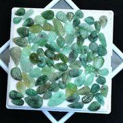 87 Echte Smaragde Blätter handgeschnitzt