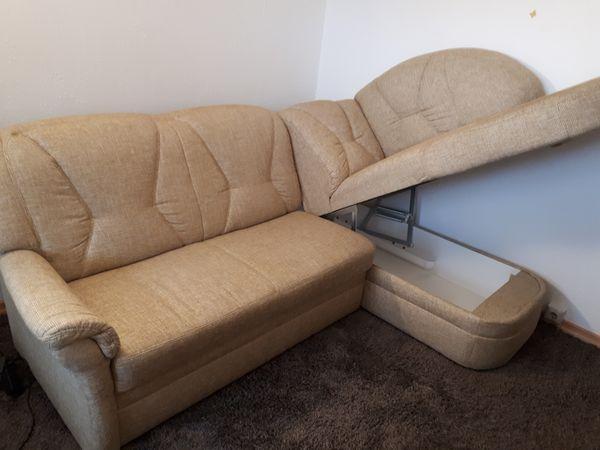 Couch mit Otomane