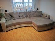 Couch gemütlich in grau