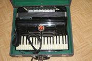 Original italienisches Crucianelli 120 Bass