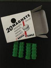 Magnete in verschiedenen Farben und