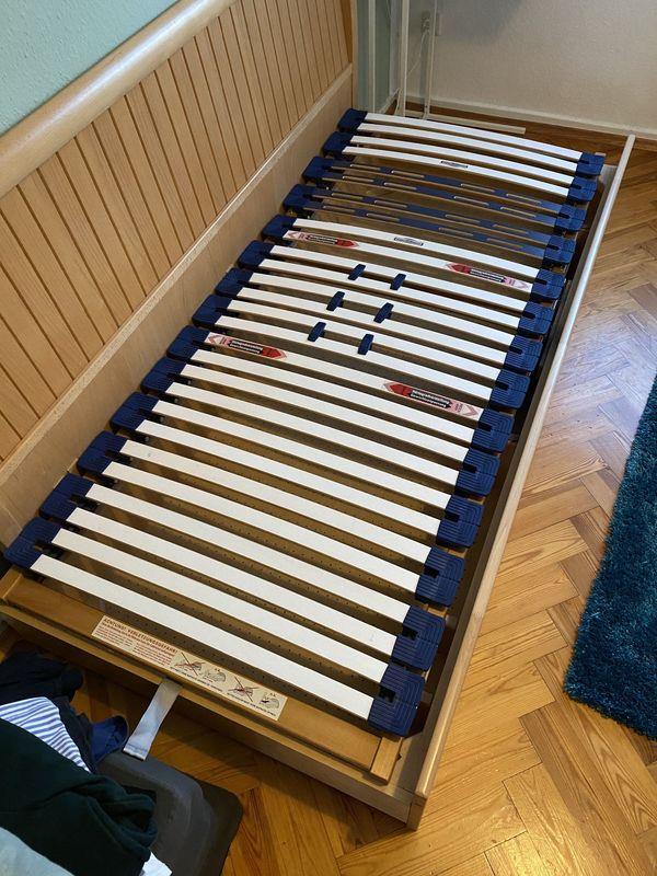 Bett 90x200 cm mit Bettkasten