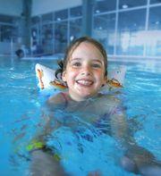 Kursleiter m w d Kinderschwimmkurse