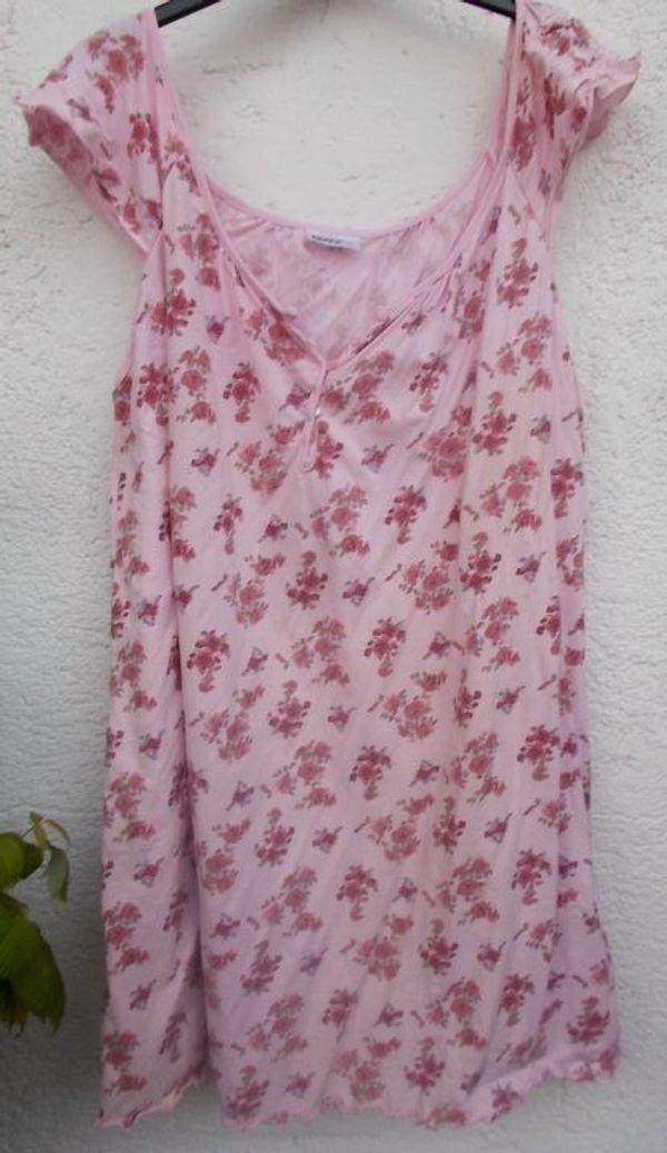 Süßes leichtes Nachthemd Gr 44-46