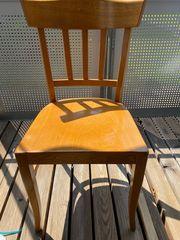 Holzstühle 4 Stück