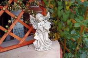 Grabfiguren aus Beton Engel