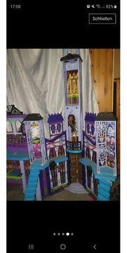 Monster High Schloss Schule
