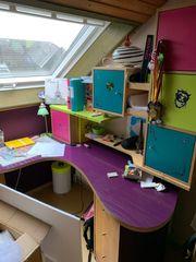 Schreibtisch vom Schreiner gefertigt
