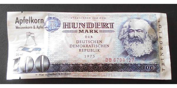 Hundert Mark der DDR - Likör
