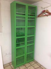 IKEA Billy grün mit Glastüren