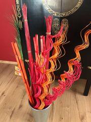 Zinnvase mit Deko Bambus rot