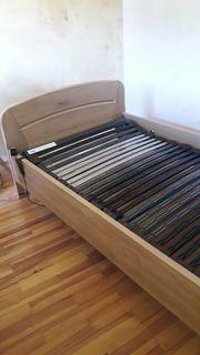 Teilmassives Bett mit el verstellbarem