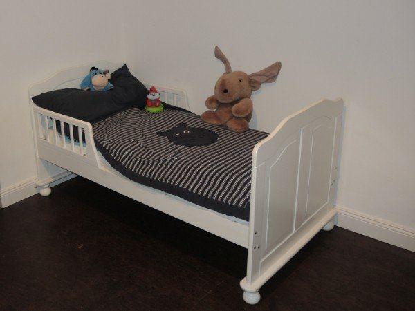 Wunderschönes weißes Kinderbett Gitterbett Babybett