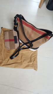 Burberry Susanna Canvas Check Saddle