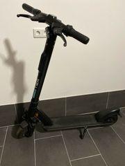 Tier e scooter mit Versicherung