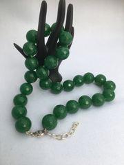 Kugelcollier Grüne Jade 16 mm