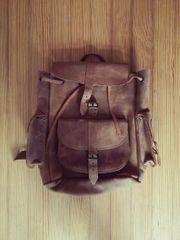 Rucksack aus echtem Leder braun