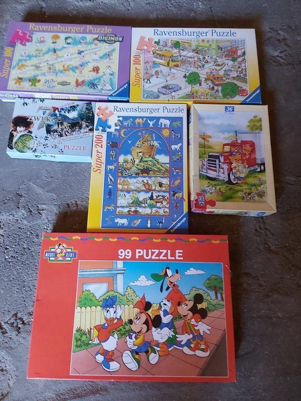 Verkaufe 5 Puzzles