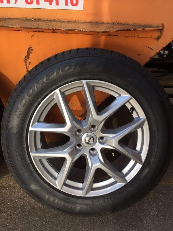 Volvo XC60 Winterräder 235-60R18 Pirelli