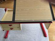 Schreibtisch für Kinder von MOLL