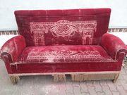 Schnäppchen -Sehr altes sofa 1900