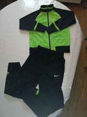 Trainingsanzug Nike