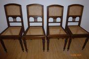4 Antike Esszimmer-Stühle restauriert mit