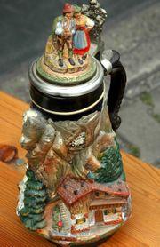 Bierkrug mit Zinndeckel Bayerische Alpen