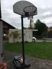 Basketball Korb zu verschenken