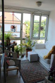 Sonnige ruhige 2 5-Zi -Wohnung