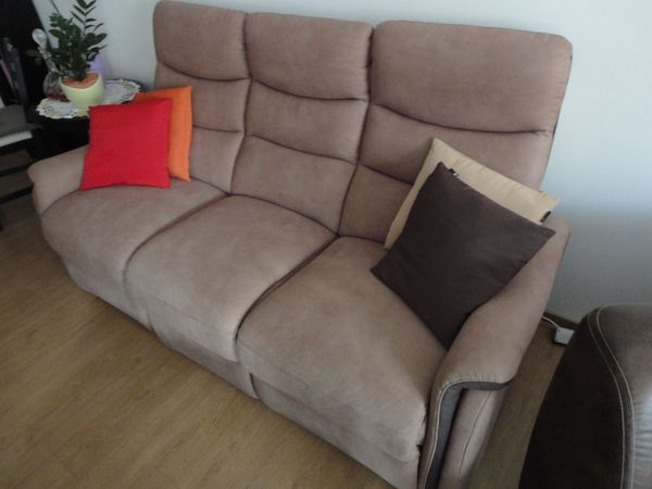 Couch mit Relaxfunktion