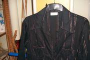Bluse in schwarz mit Silberstreifen