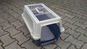 Transportbox und Fressnapf für Kleintiere