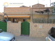 Reihenhaus in San Pedro del