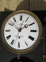Präzisions Comtoise Zentralsekunde Monatsgang Sekundenpendeluhr