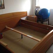 Breites Bett 180 cm solide