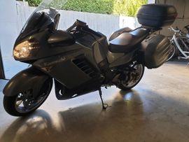 Kawasaki über 500 ccm - Kawasaki 14 00 GTR mit