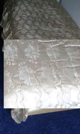 Matratzen, Rost, Bettzeug - Bettüberwurf Tagesdecke