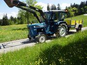 FORD Traktor mit Hänger