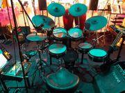 Roland E-Drum Profi- Bühnen-Set gebraucht
