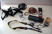 Alte Fotoapparate und Belichtungsmesser zu
