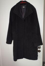 schöner grauschwarzer Mantel von Cinzia