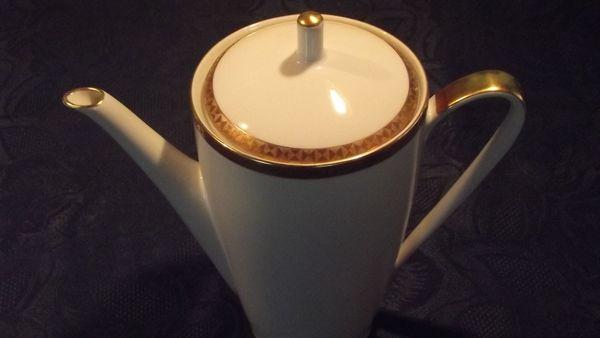 Kaffee-Kanne HUTCHENREUTHER Arzberg Bavaria 2408-4